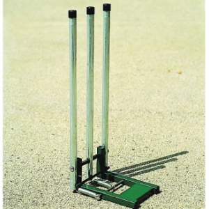 Harrod UK Steel Spring Return Cricket Stumps  CRK-054