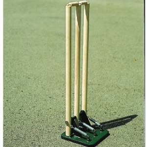 Harrod Best quality UK Wooden Spring Return Cricket Stumps